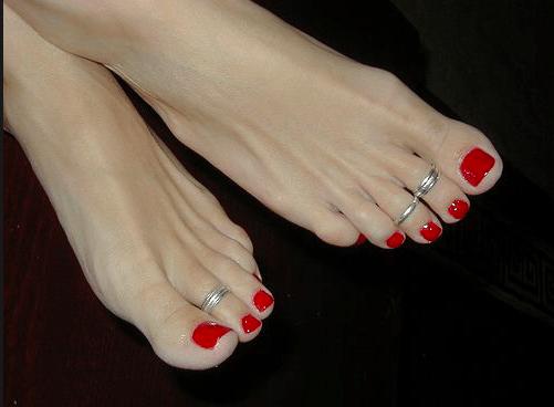 Foot contouring, piedi perfetti con l'ultima makeup mania